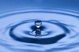 Wasser-Lesen Foto: ©  Amir Kaljikovic @ Fotolia